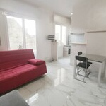 MONTE-CARLO: 1 BEDROOM-FLAT RENOVATED IN THE CENTER