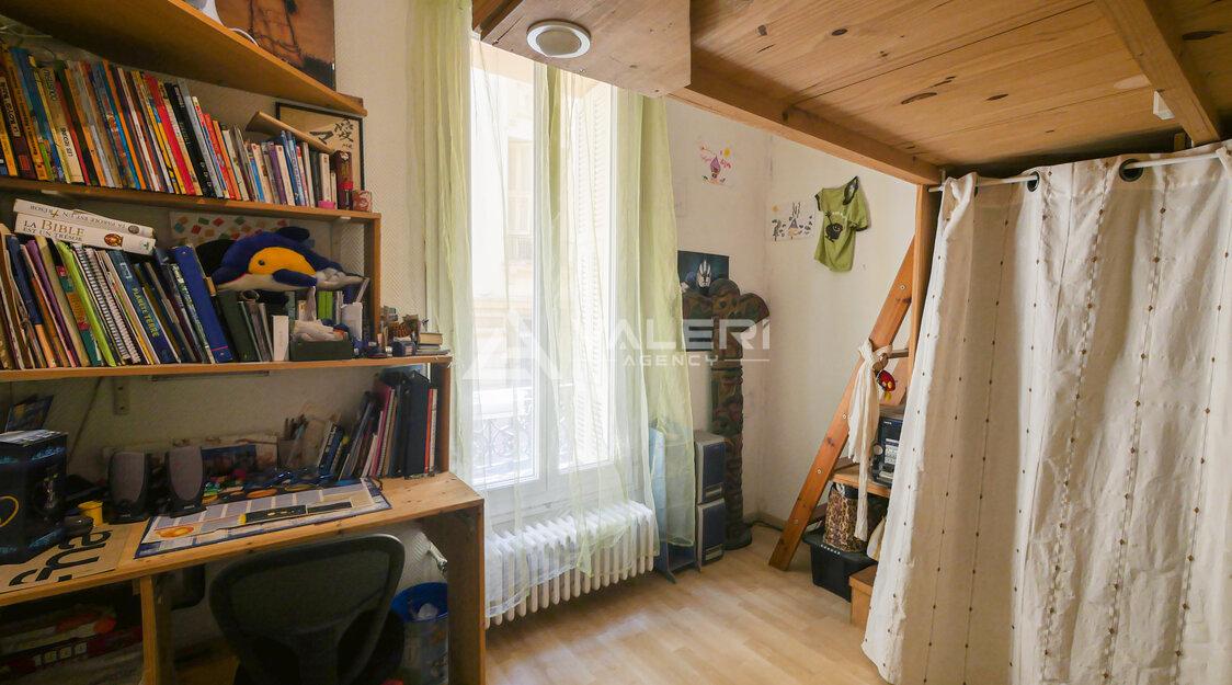 MONTE-CARLO - 3-bedroom apartment, quiet location